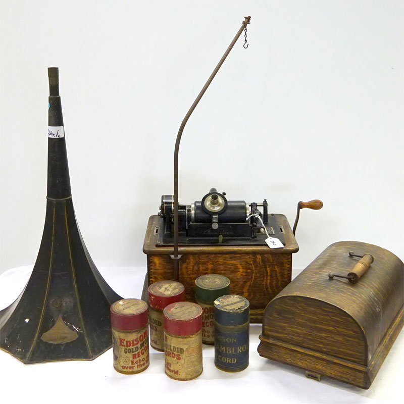 Image of Lot 264 - An Edison Standard Phonograph with horn & records
